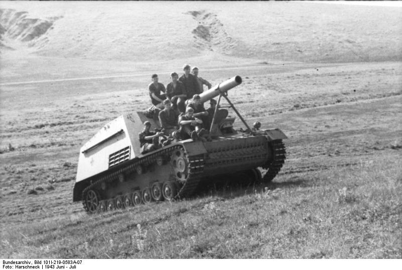 Niemieckie samobieżne działo polowe (fot. red.)